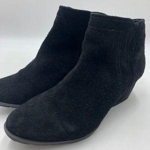Blondo Waterproof leather side zip ankle boot 7.5